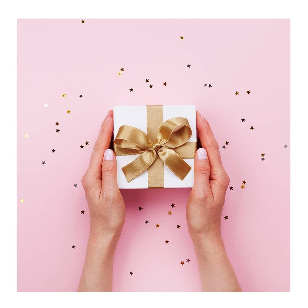 Ak chcete mať istotu doručenia do Vianoc, objednajte si darčeky najneskôr do 18.12.2019